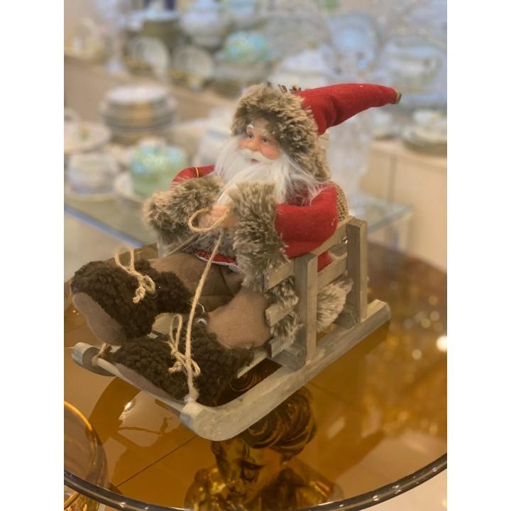 Фігурка «Санта в санчатах» 035NC